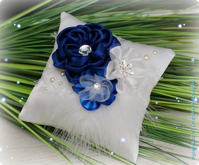 Подушечка и казна в синем цвете фото 4