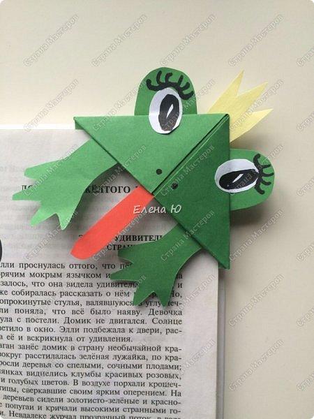 Такие забавные закладки можно смастерить в любимой мною технике оригами плюс аппликация:  фото 2