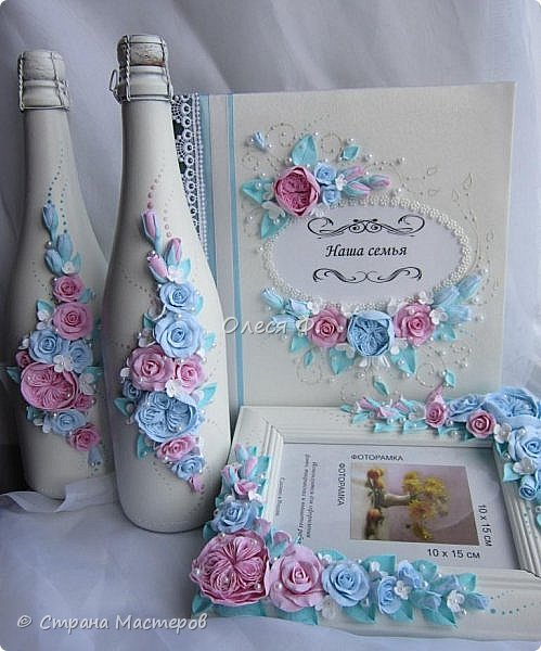 Очередной небольшой свадебный наборчик в голубом и розовом цвете: шампанское фоторамка и семейный альбом. Уже говорила, у меня в это лето был бум этих оттенков почему то.  фото 13
