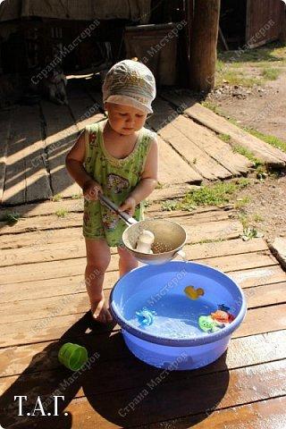В детстве, как все, с нетерпением ждала каникулы, что бы ехать в гости к бабушке в деревню. Надеюсь, что внук Виталик будет спешить в страну своего детства. Дочь с мужем и внуком живут в другом городе, но достаточно регулярно навещают нас. фото 15