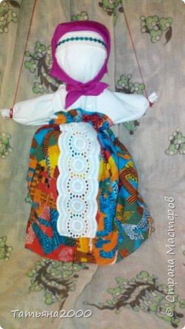 Куколка-оберег на деревянном крестике фото 4