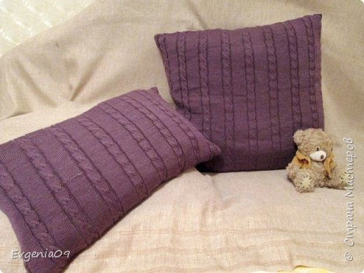 Здравствуйте, дорогие жители и гости СМ! Насмотрелась я журналов по интерьеру,  да в Интернете всяких сайтов по улучшению быта и во многих местах попадаются  вязаные наволочки для диванных подушек! Очень уж они мне нравятся! фото 3