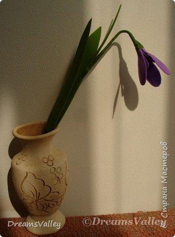 Люблю фоамиран: легко режется, запоминает форму и цветы из него получаются очень реалистичными. фото 1