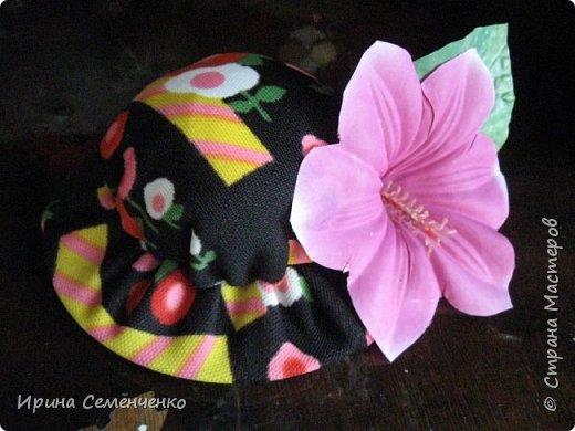 """Вот такие шляпы игольницы сделали мои воспитанники на кружке """"Умелые руки"""". Основа использованные диски,верх круг, наполненный ватой или синтепоном. Украшаем  цветами ,бусинами . фото 4"""