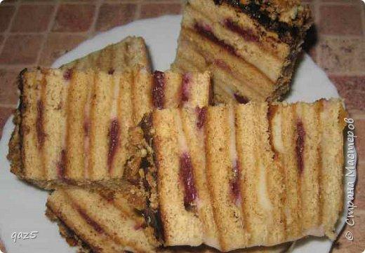 Медовый торт с вишнями хорошее сочетание и простой рецепт приготовления. фото 14