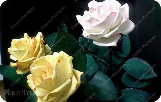 Добрый день,дорогие гости!Продолжаю осваивать так полюбившийся мной фоамиран. Сегодня у меня ирисы бородатые и розы на стебле.Цветы изготовлены для интерьерной композиции,чем буду еще дополнять букет - пока не знаю...размышляю.Вот он - мой красавчик!Такой хорошенький получился - аж пищу от удовольствия! Пока их три...хочу сделать еще несколько - другого цвета. Ирис бородатый изготовлен по МК чудесной мастерицы Марины Ченцовой. Фоамиран иранский.Тонировка масляной пастелью.... фото 11