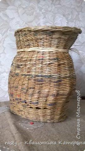 Плетеный мешок под лук по мотивам работы Елены Чермаревой :   https://vk.com/newspaper_weaving?w=wall-12159416_467789_r467908%2Fall фото 3