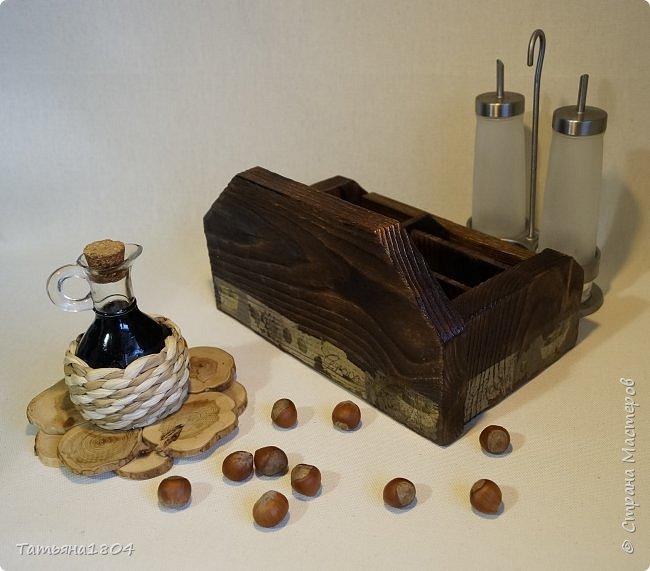 """Короб для специй """"Оливковый"""" с шестью ячейками. Изготовлен вручную полностью """"с нуля"""". Обжиг, брашировка, декор бумажными распечатками и декупаж салфетками. фото 5"""