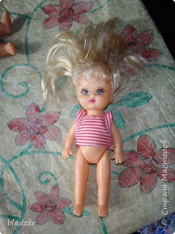Эту куколку высотой 17 см я нашла на блошином рынке рядом с домом и назвала Бетти. фото 2