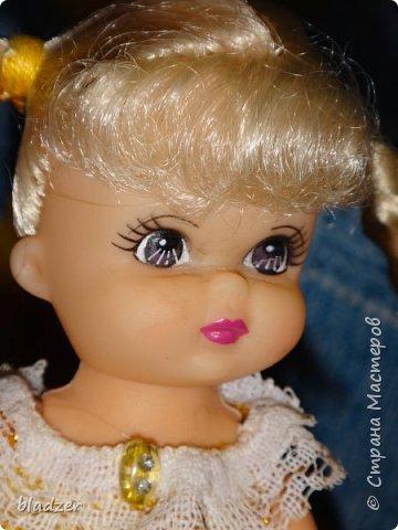 Эту куколку высотой 17 см я нашла на блошином рынке рядом с домом и назвала Бетти. фото 1