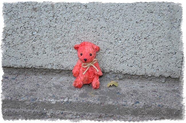Всем Привет! я к Вам Сегодня с Мелочью) Малыши Мишутки ростом 8 см. Сшиты из Советского Плюша.  Этот Кроха Родился Первым) фото 2