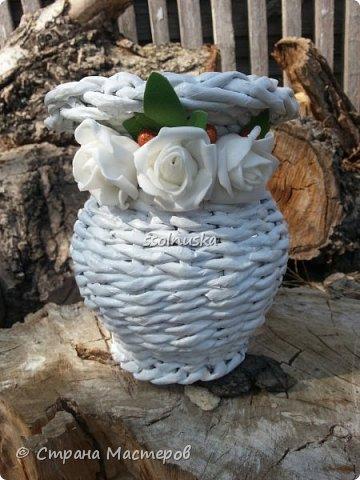 Добрый день!  Сегодня выставляю свою первую вазочку. Вижу что кривенькая, есть к чему стремится.  фото 1