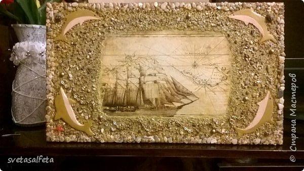 Прямой декупаж стеклянной тарелки, фацетный лак, золотой контур, по краю золотая краска фото 8