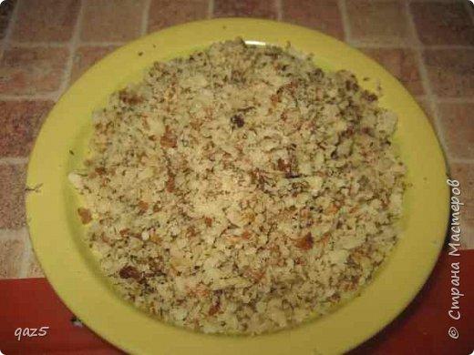 Вкусный салат с куриным филе, жареными грибами, орехами и корейской морковью - удивите ваших гостей. фото 5