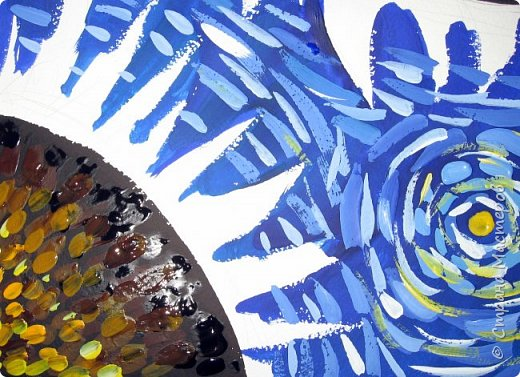"""В начале небольшая предыстория... Увидела в интернете картину с подсолнухами, нашла автора - Cinnamon Cooney , оказалась очень артистичная и своеобразная художница, пишет акрилом и маслом, можно найти её видео-уроки на английском языке, всё очень доступно показано. И решила нарисовать гуашью  """"солнышки"""" с необычным фоном. Планировала для 6-7 леток, но первоиспытателями стали 5-ти летки, фото в конце МК.  фото 13"""