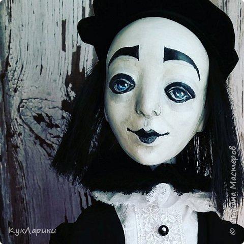 Всем Привет!А у меня новая кукла!!!Пьеро!Большой каркасный парень.48 см.голова поворачивается.стоит сомостоятельно.  фото 2