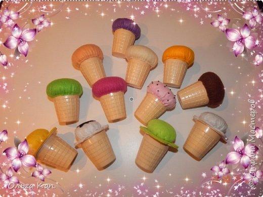 """Вот такую развивающую игрушку """"Мороженое"""" я сделала для дочери, выполнена из мягкого фетра и пластмассовых стаканчиков от Растишки. Цвет мороженого соответствует """"вкусу"""". фото 3"""