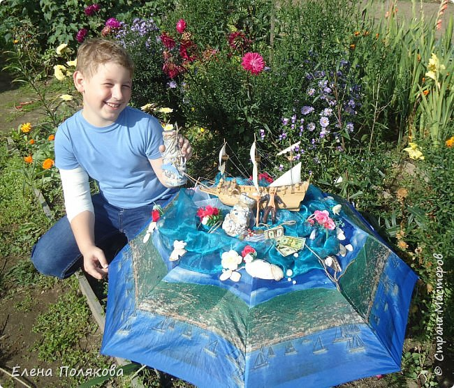 В начале сентября наш город праздновал 137-й день рождения! И в честь этого в городском парке объявили шоу зонтиков, мы же ну никак не могли обойти стороной это мероприятие :)) фото 11