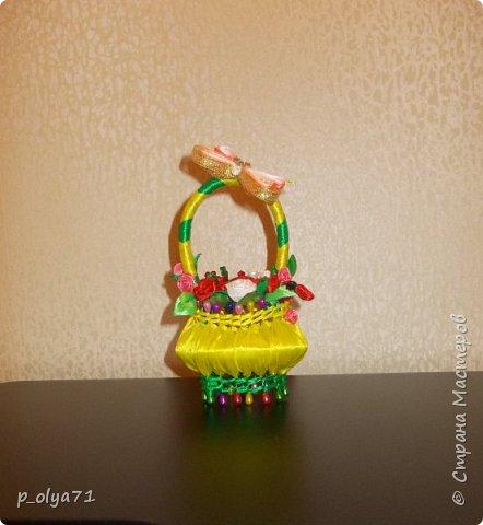 Здравствуйте!!! Насмотрелась я на корзиночки с мылом,очень захотелось попробовать,тем более давно хотелось поработать с лентами! фото 5