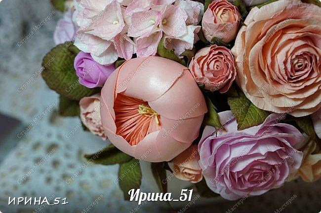 Здравствуйте! Представляю на Ваш суд  композицию с цветами из фоамирана и колье для дочки из зефирного фома.  Практически все цветы в композиции выполнены из иранского фоамирана, только гортензия из зефирного.  Приглашаю к просмотру.  фото 11