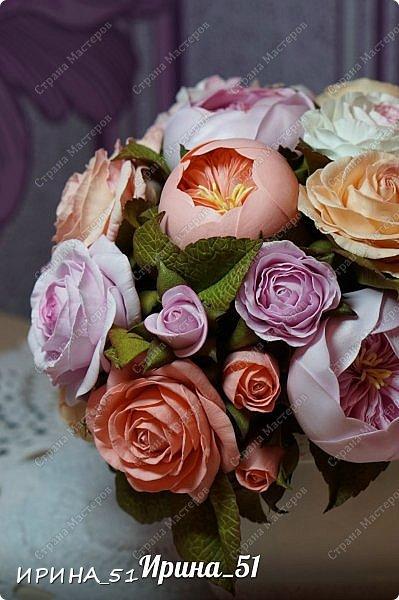 Здравствуйте! Представляю на Ваш суд  композицию с цветами из фоамирана и колье для дочки из зефирного фома.  Практически все цветы в композиции выполнены из иранского фоамирана, только гортензия из зефирного.  Приглашаю к просмотру.  фото 2