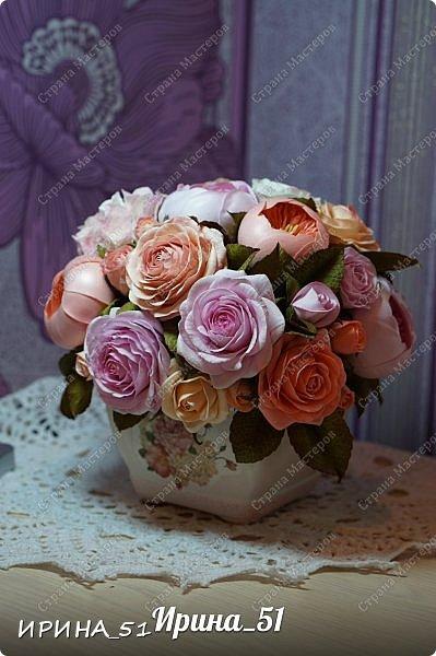 Здравствуйте! Представляю на Ваш суд  композицию с цветами из фоамирана и колье для дочки из зефирного фома.  Практически все цветы в композиции выполнены из иранского фоамирана, только гортензия из зефирного.  Приглашаю к просмотру.  фото 10