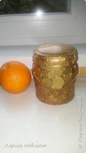 """Чашка в подарок дочке. За опору взяла толстую проволоку в два слоя,монеты клеила на""""титан"""",опору на эпоксилин,красила краской из балончика. Лаком не покрывала,и так всё блестит и сверкает. фото 14"""