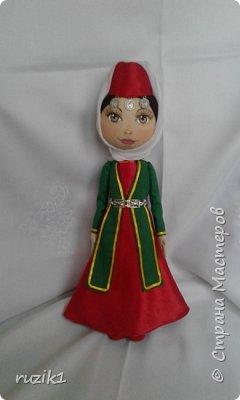 Кукла в национальном костюме 2