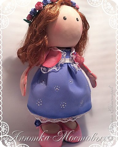 Вот такая интерьерная куколка у меня получилась) насмотрелась в интернете модных сечас кукол, обычно их шьют, а я решила сделать из фома;) фото 1