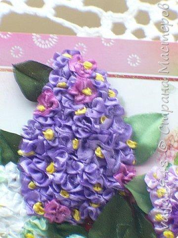 Здравствуйте дорогие жители Страны Мастеров! Я сегодня опять с открыткой на День Рождения, оформленной  вышивкой из ленточек. Ленточки-6 мм, для гроздочек,   для листочков лента -25 мм. Веточки - природный материал. фото 5