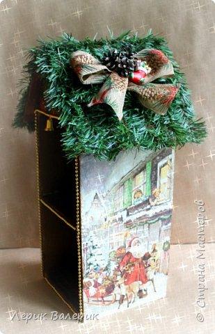 Какая девочка не мечтает о красивом домике для своих кукол? Мы с мужем, решили сделать красивый, новогодний, вместительный, функциональный, а самое главное - безопасный мини-домик для кукол.  фото 2