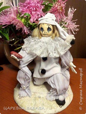 Здравстствуйте!!! вот решилась сделать куклу... не судите строго, это моя первая кукла,но уже ооочень любимая!!!)))) фото 2