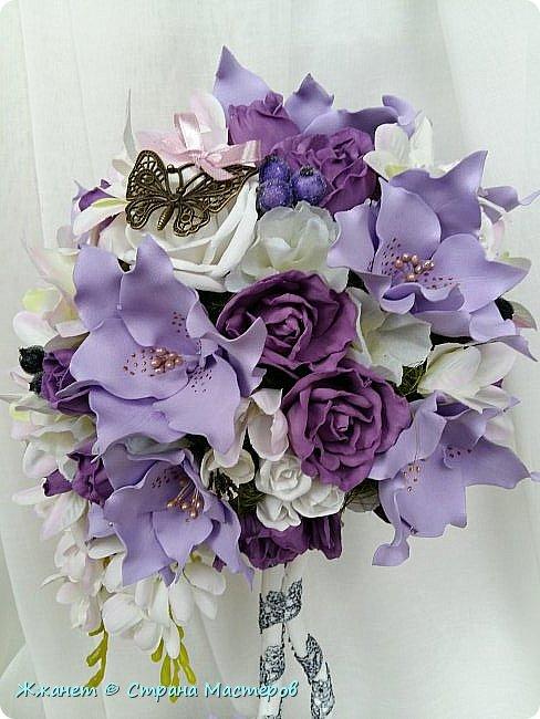 Цветы из фоамирана сделаны в ручную. фото 2