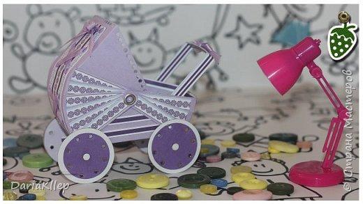 Коляска из бумаги (картона) / Stroller made of cardboard