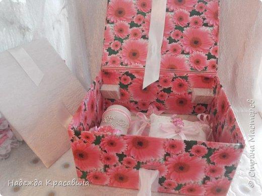 Всем привет! В предыдущем посте я показала большой свадебный набор. Теперь я хочу показать упаковку для того самого набора. Поскольку молодые будут хранить всю жизнь памятные вещи со свадьбы, нужно было их как-то упаковать. И вот что получилось фото 6