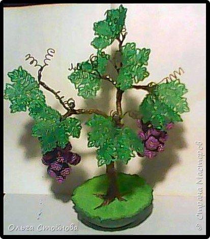 Виноградное дерево из бисера фото 1