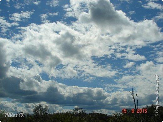 Облака, облака, Освещенные бока! Вы как чудо. Вы откуда? Из какого уголка? - Мы на море, На просторе Теплой ночью родились. Там туманом Утром рано Поднялись – и понеслись. Мы летели и глядели: Сколько в мире красоты! И домами, и садами Любовались с высоты. (С. Михалков) фото 14
