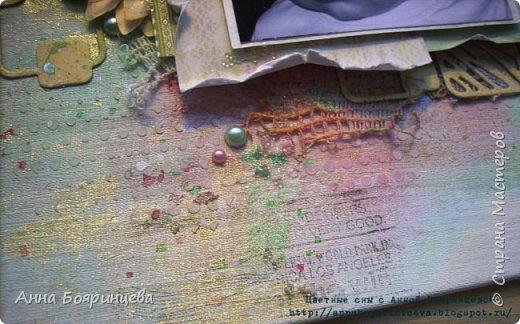 """Всем привет!!!! Сегодня хочу показать холст, на создание которого меня вдохновила Кристина Пешко, на МК в Скрап Академии. Основу холста я делала сама, в работе использовала спреи ФД """"Волшебная мята"""" и """"Коралловый риф"""". И в какой раз убеждаюсь, что с акрилом мне легче творить чем со среями. В живую холст смотрится нежнее чем на фото. Так же использовала пасту, штампы,топинги и пигмент золотой. Холст сотворился быстро на одном дыхании)))) Размер 21*16 см.  смотрим фото 5"""