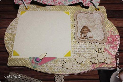 Доброго всем дня!! Через два дня моей внучке Анютке будет 3 месяца!  Фотографии собираются,давно я хотела сделать альбомчик..но так и оставалось в задумках.  Но вот и я решилась..не судите строго..моя первая работа.. фото 10
