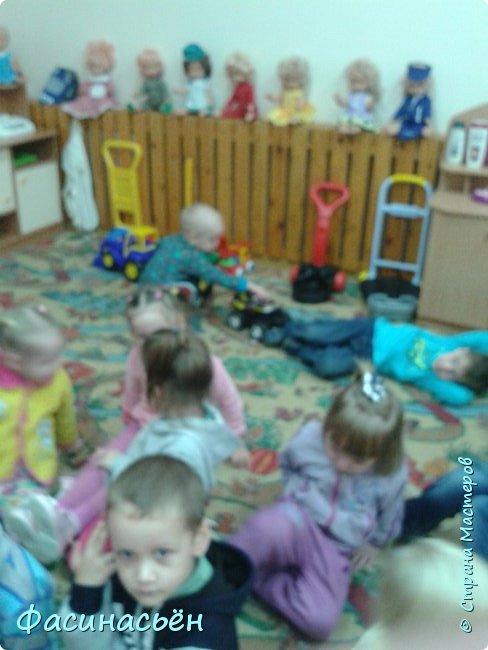 Мой сыночек пошел в детский сад.И вот  второй день посещения совпал с днем воспитателя.Решила сделать шоколадницы.Получились сестрички двойняшки))).Прошу прощение за качество фото,фотографировала рано утром на подокойнике,свет не включала,чтоб сына не разбудить. фото 14