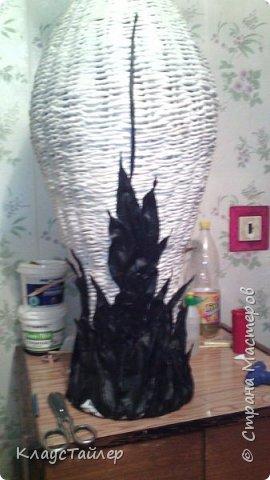 Всем большой привет кто заглянул.  Решил показать свою напольную вазу, высотой больше 125см Сплетена из кожи, основа из картона,  фото 3