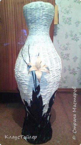 Всем большой привет кто заглянул.  Решил показать свою напольную вазу, высотой больше 125см Сплетена из кожи, основа из картона,  фото 8