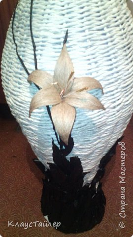 Всем большой привет кто заглянул.  Решил показать свою напольную вазу, высотой больше 125см Сплетена из кожи, основа из картона,  фото 9