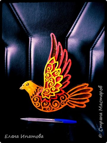 Очередная ажурная птичка. Многослойная. Фанера 4мм, морилка и лак. фото 1
