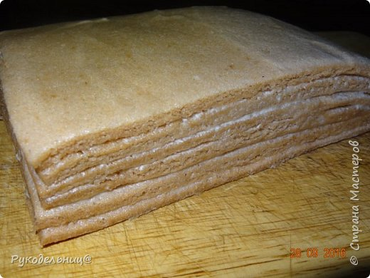 Всем добрый вечер. Угощаю не раз проверенным способом приготовления белёвской пастилы. Опробовала разные способы сушке, этот мне кажется самым оптимальным. Т.к. пастила получается светлая, воздушная.   фото 14
