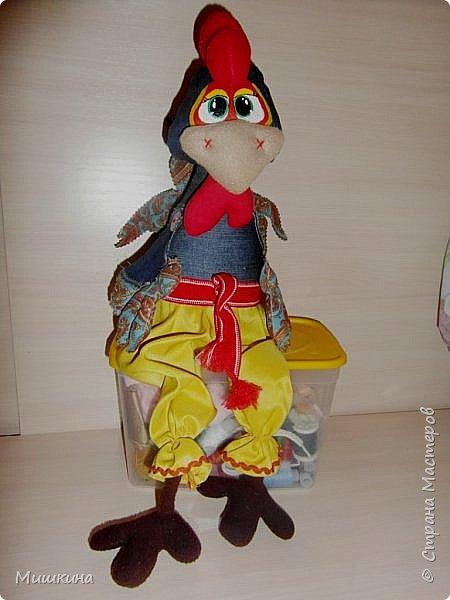 Добрый всем вечер! Я не устояла и сшила петуха по Марианне http://stranamasterov.ru/node/1046789 . Давно руки чесались. Правда у нее крутые игрушки? фото 2