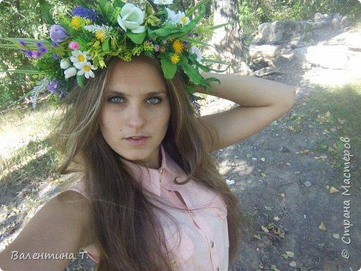 """""""А в душе лето!"""" Яркий и необычный венок для фотосесии или свадьбы из полевых цветов и травы ручной работы с небольшими вставками цветений. Каждый цветок выполнен на проволочном каркасе.Венок регулируется лентой на любой размер головы"""" фото 1"""
