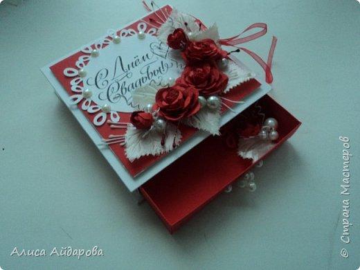 красно-белая коробочка для денег фото 4