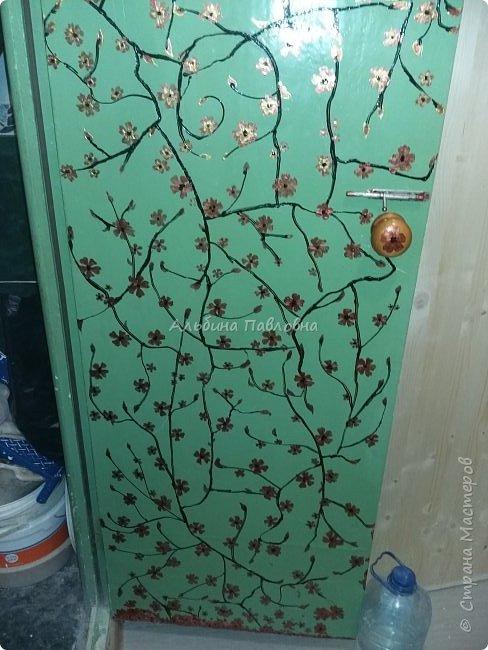 Вот такая потрескавшаяся дверь мне досталась.  фото 5