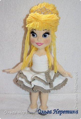 Куколка Аврора с набором одежды (связана крючком)  фото 4